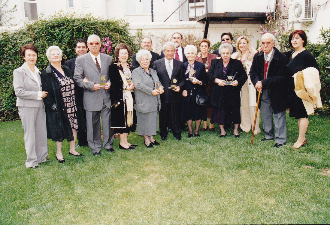 The Israeli Community of Larissa celebrates its volunteers at a special event - April 2005